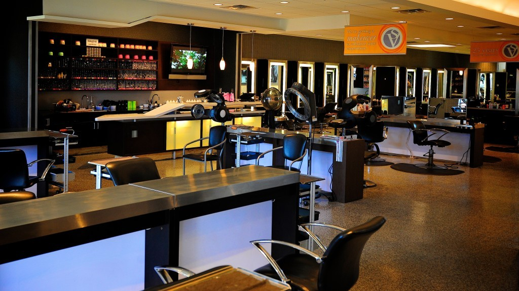 On time commercial construction doesn 39 t happen by accident for Salon construction